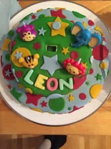 Tante Veronica har laget kake 🎂