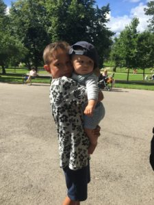Største og minste gutten i Frognerparken ☀️