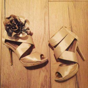 Jeg er litt over gjennomsnittet glad i sko 👠