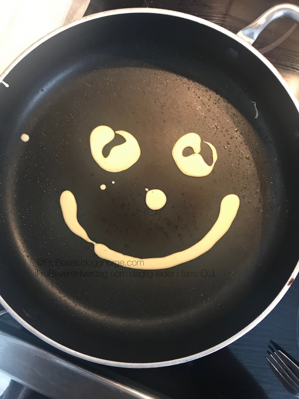 Pannekake tips til kresne barn middagstips lek med mat