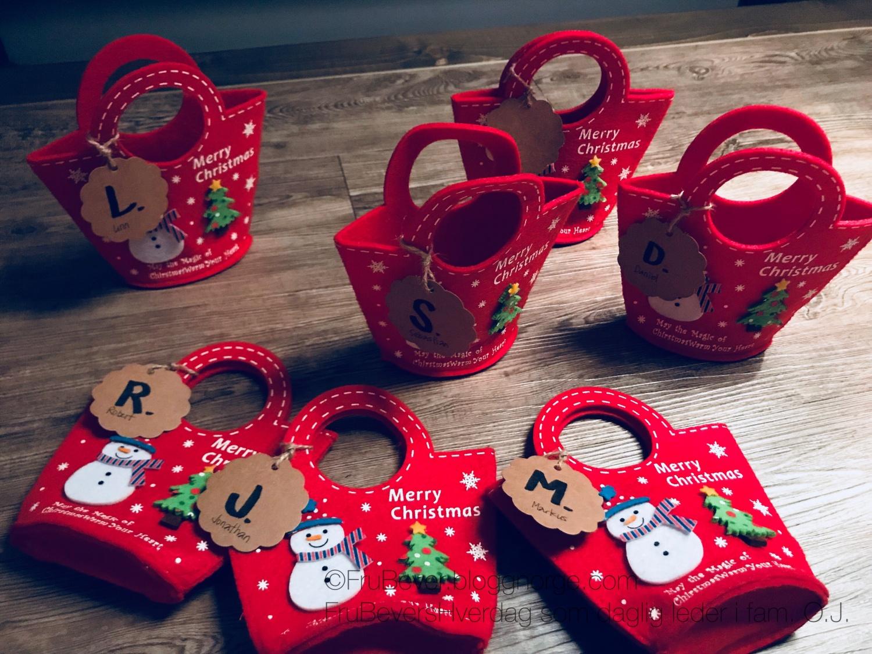 Alle er selvsagt navnet - hver og en har sin egen julekurv som henger på juletreet! @frubevershverdag