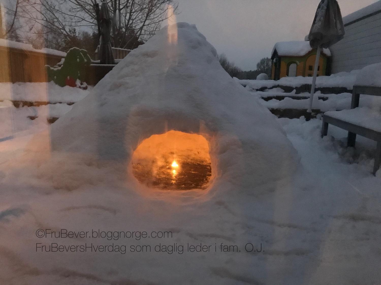 Vinterdag @ FruBeversHverdag snøhule