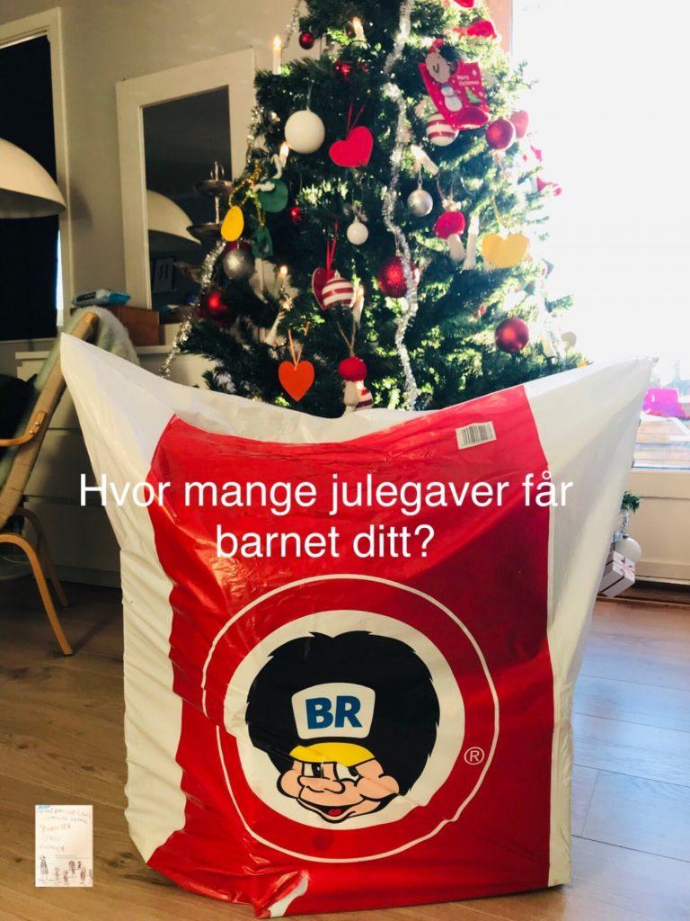 Hvor mange julegaver får barnet ditt til jul? Og trenger