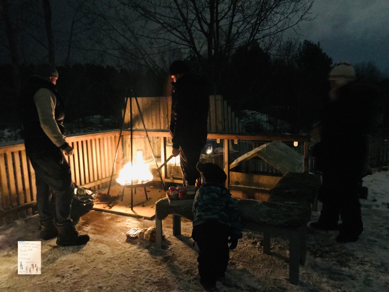 Middag ute // vinter // snart jul // førjulskos med venner