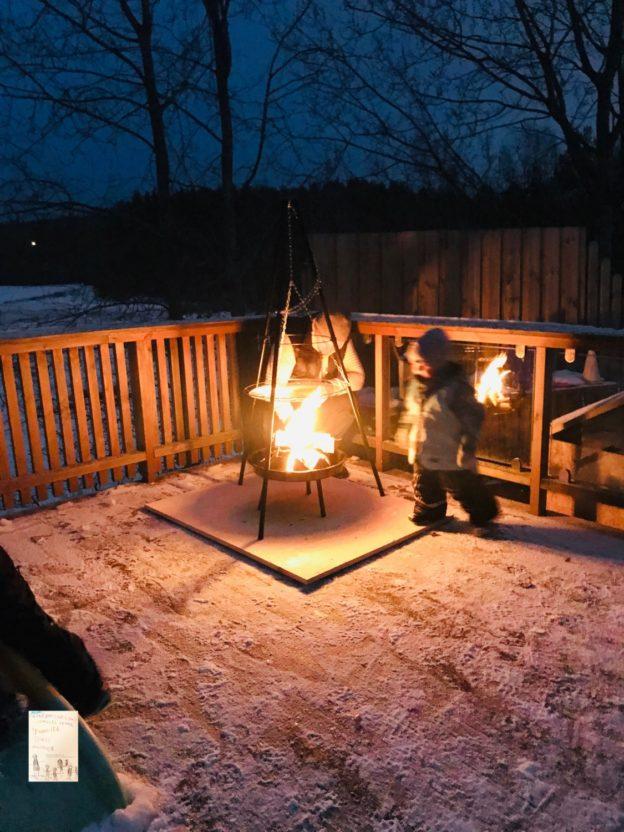 Førjulskos og middag ute på terrassen // desember // jul // vinter