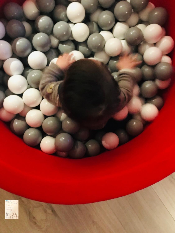 Ballbasseng fra Mimmis // Oskar