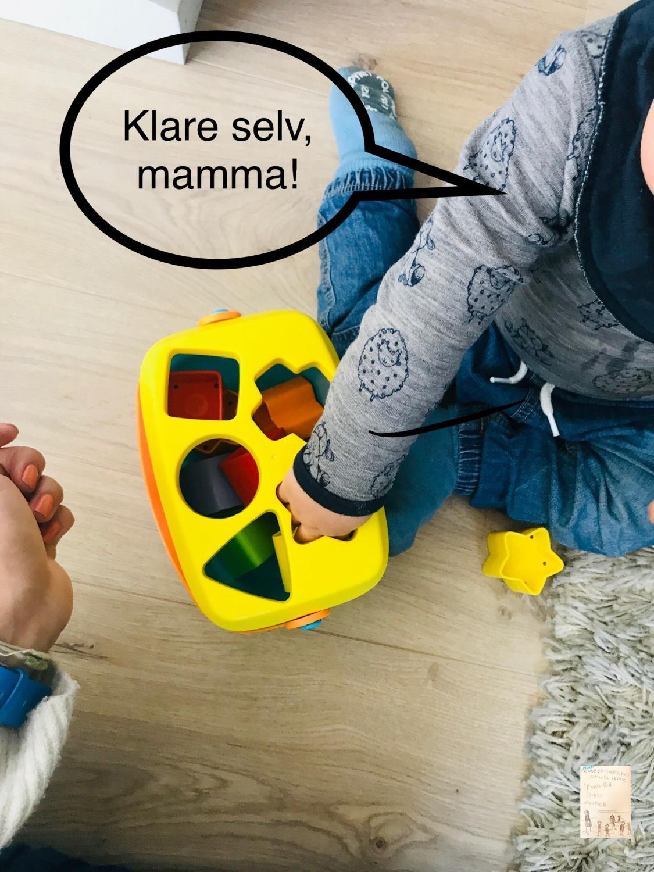 Putteleker // baby Oskar 1 år