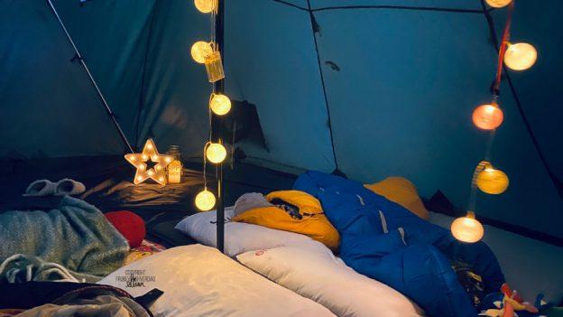 En natt i lavvo, uten storm 🌪 [FruBeversHverdag]