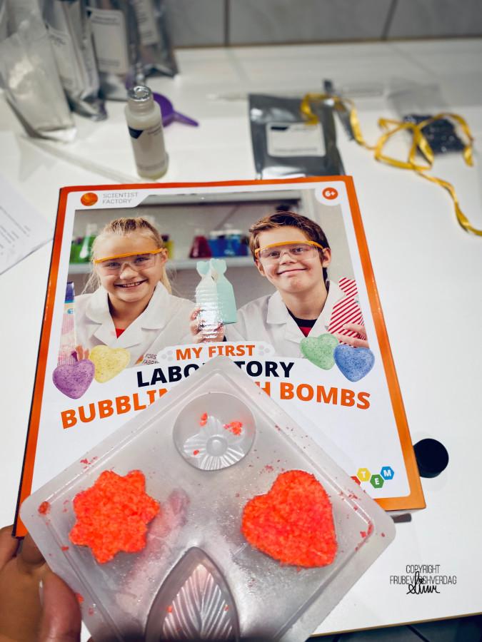 Julegavetips fra Forskerfabrikken: DIY badebomber! [FruBeversHverdag]